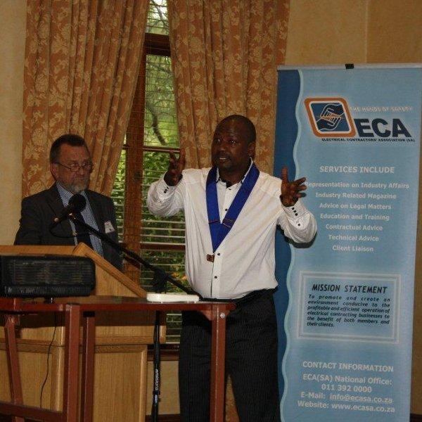 Mark Mfikoe
